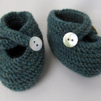 Saartje's bootees for baby
