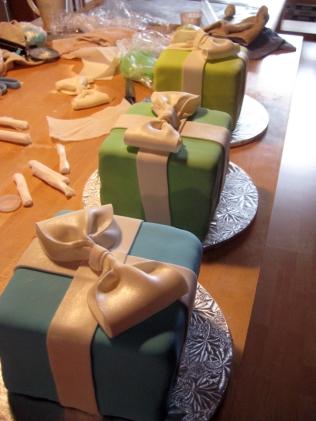 2008 cake class - present cakes